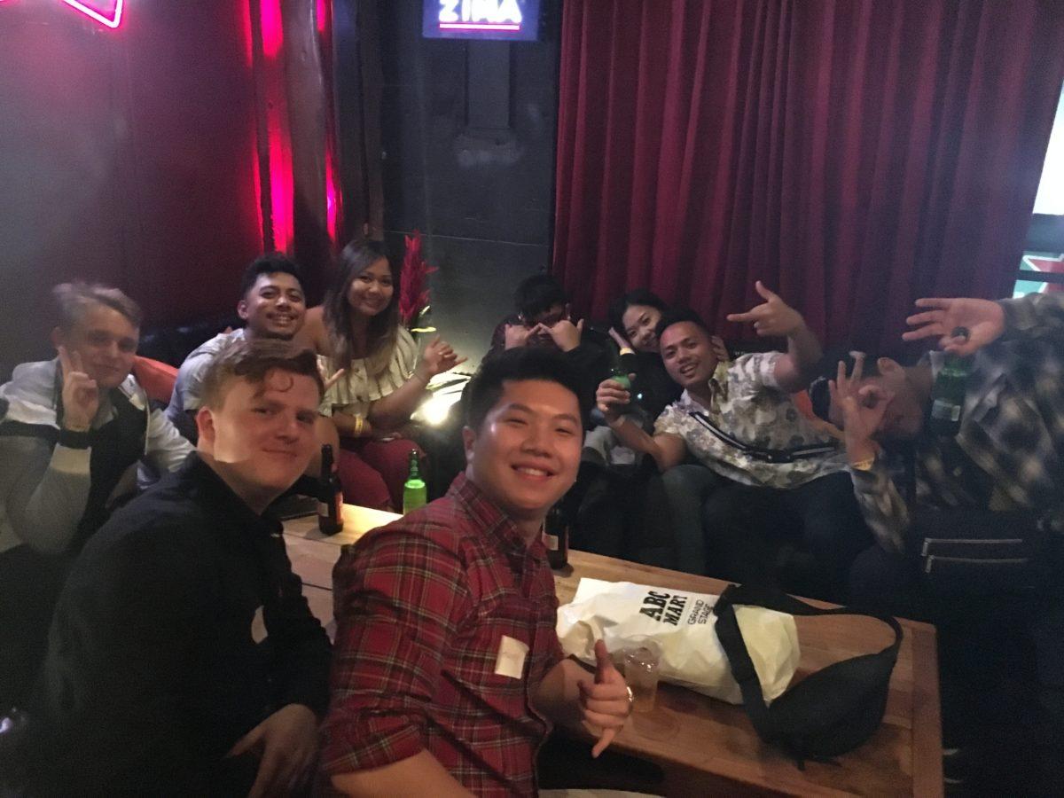 12/22/2018 OSAKA CHRISTMAS PUB CRAWL!