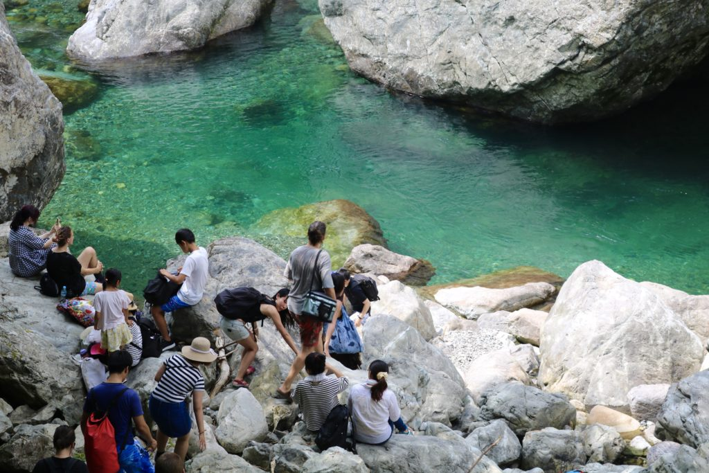 08/04/2019 Incredible Turquoise Colored River Hike